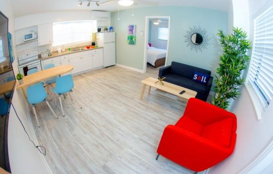 Welcome To St Pete Beach Suites - 1 Bedroom Poolside Suite