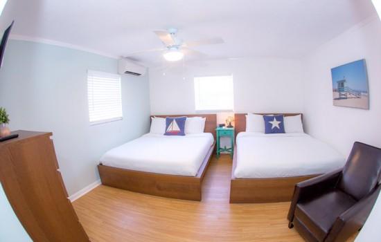1 Bedroom Suite 2 Queens
